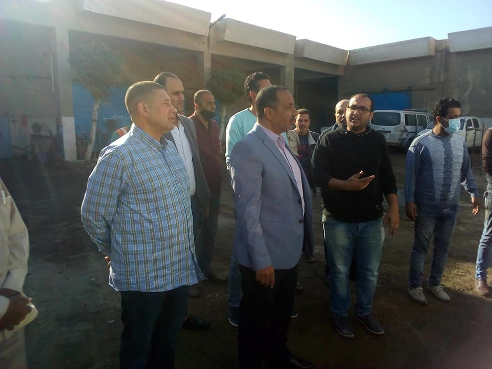 متابعة خطة صيانة السيارات بورش محافظة السويس