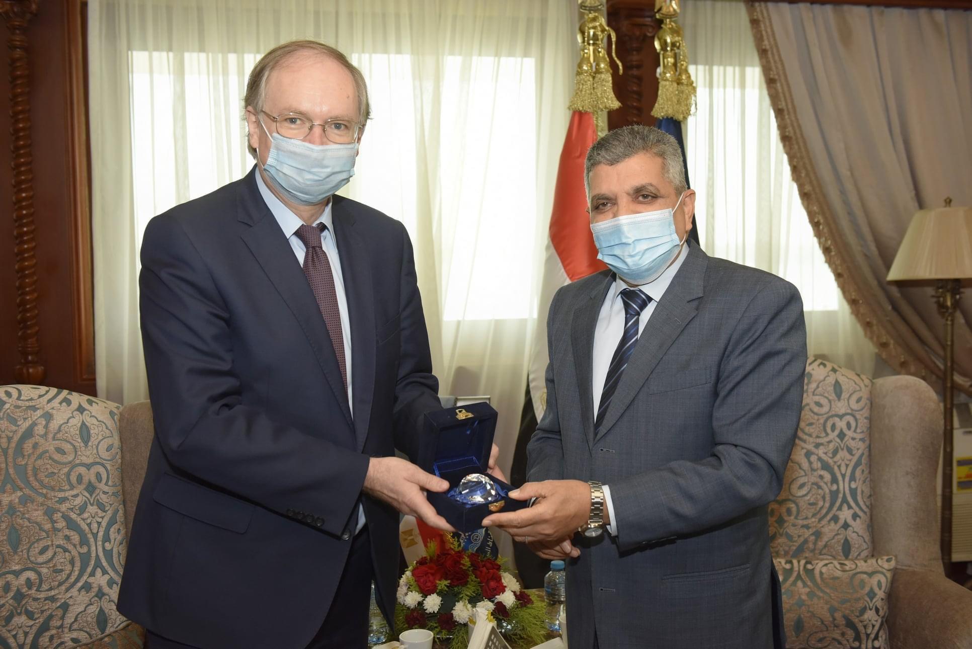 بالصور : الفريق أسامة ربيع يبحث مع سفير الاتحاد الأوروبي سبل تعزيز التعاون المشترك